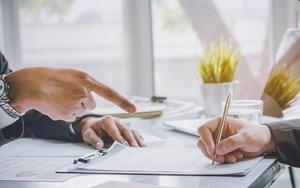 Какая статья уголовного кодекса за подделку подписи в документах? Какое наказание грозит?